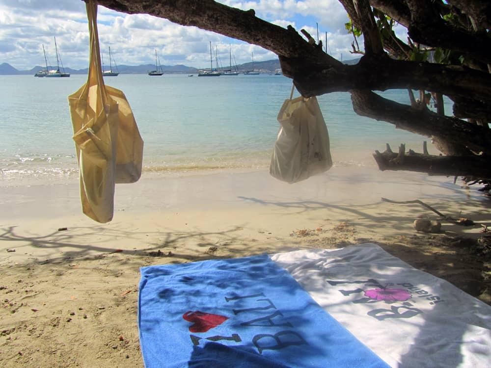 Presqu'île Sainte-Anne 2014, Anse Caritan ©Etpourtantelletourne.fr