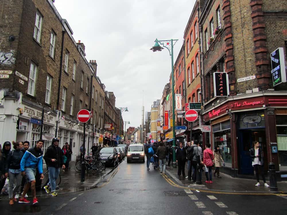 Londres - marché vintage de Brick Lane ©Etpourtantelletourne.fr