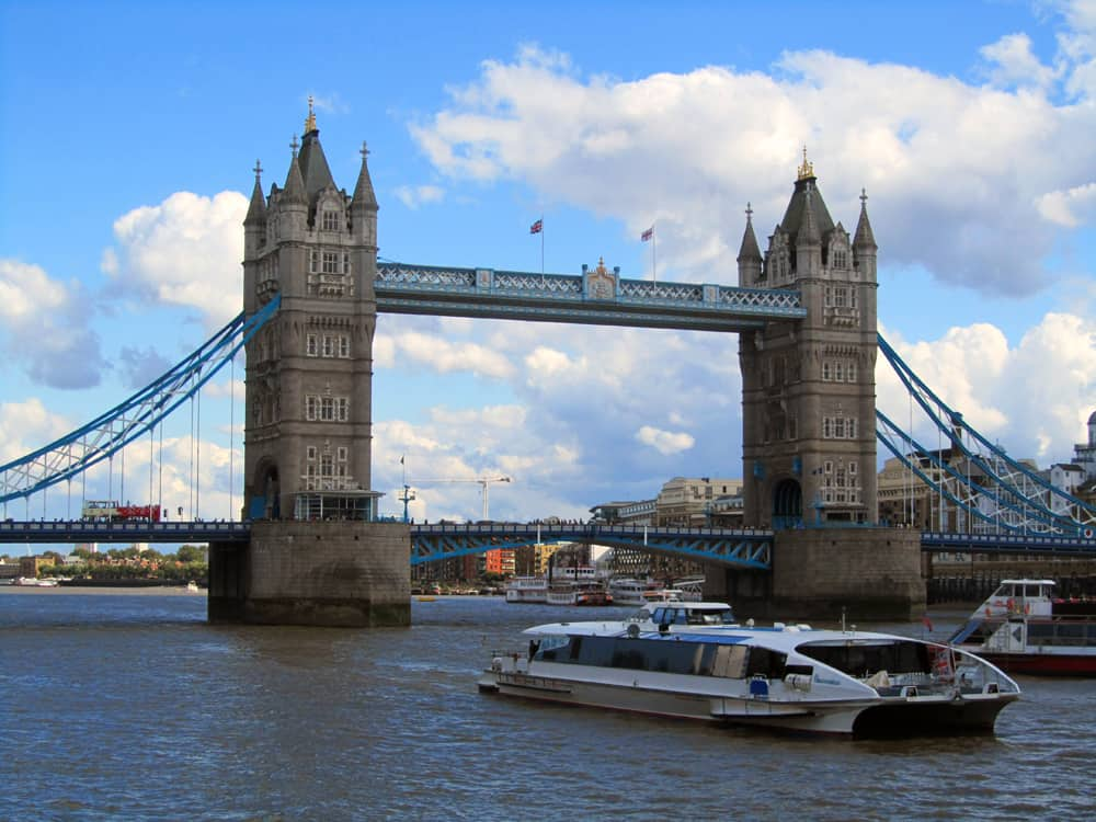 Londres - Tower Bridge ©Etpourtantelletourne.fr
