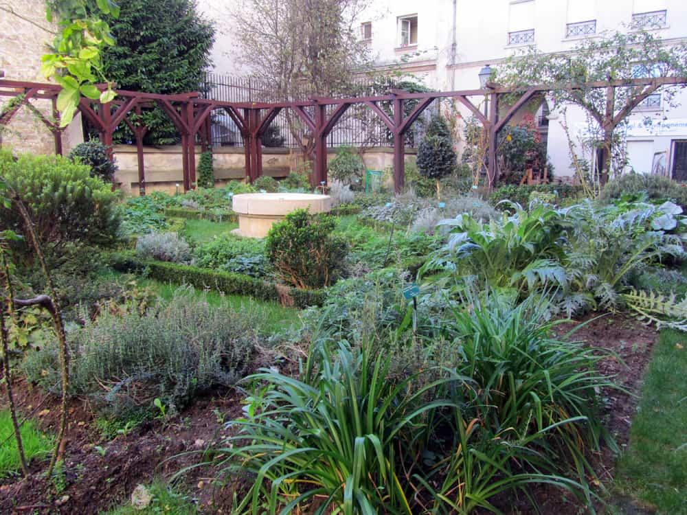 Jardin des Abesses 2014 ©Etpourtantelletourne.fr