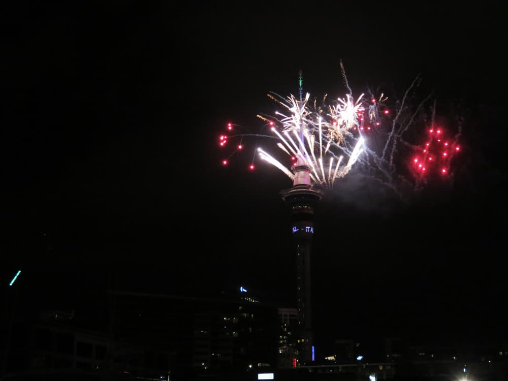 Auckland - feu d'artifice nouvel an 2016 ©Etpourtantelletourne.fr