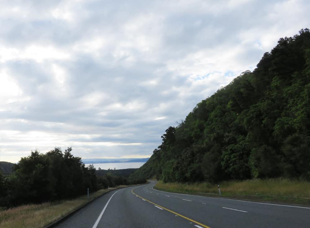 Sur la route Nouvelle-Zélande 2016 ©Etpourtantelletourne.fr