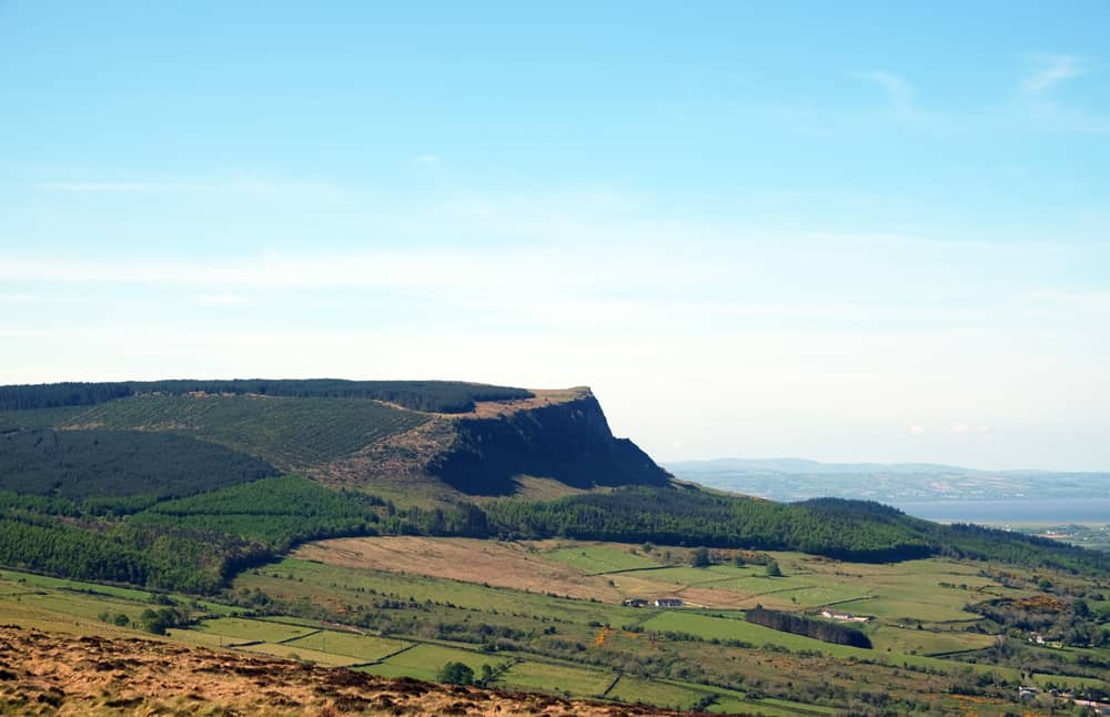 Itinéraire sur les lieux de tournage de Game of Thrones en Irlande du Nord - Binevagh ©Etpourtantelletourne.fr