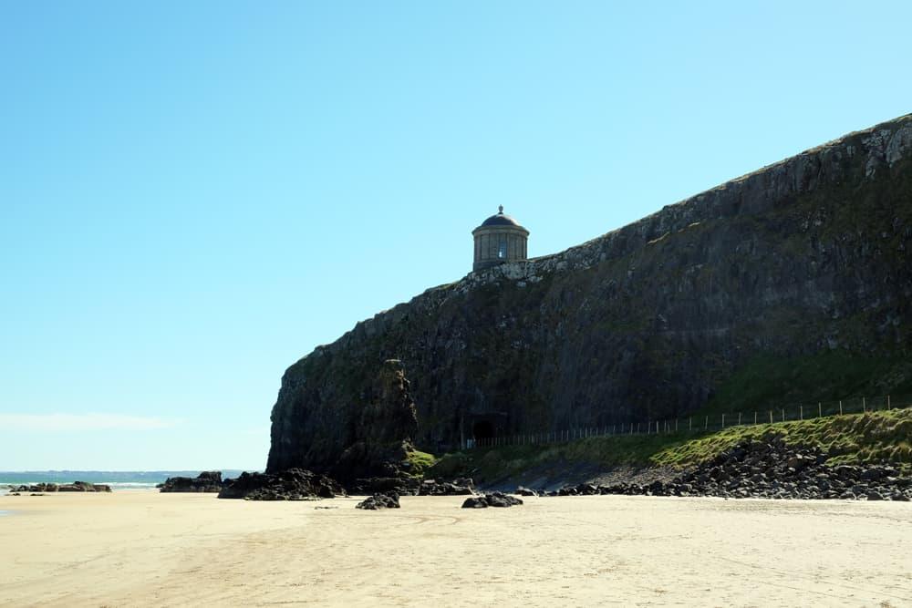 Itinéraire sur les lieux de tournage de Game of Thrones en Irlande du Nord - Downhill beach ©Etpourtantelletourne.fr