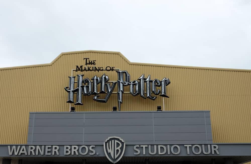 Lieux de tournage Harry Potter à Londres - studio tournage Warnes Bros ©Etpourtantelletourne.fr