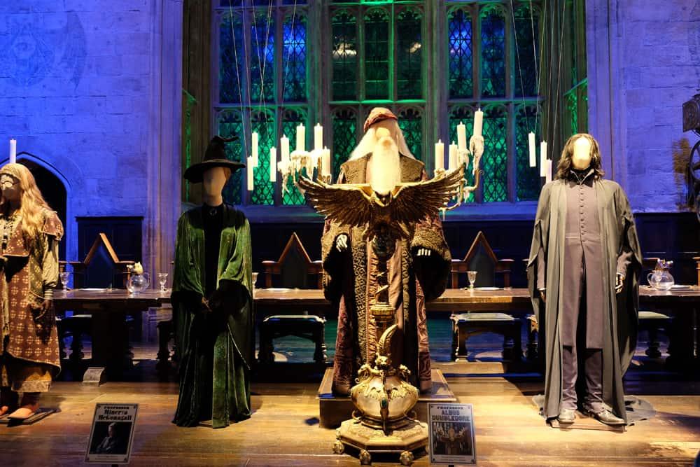 Lieux de tournage Harry Potter à Londres - studio tournage grande salle et professeurs ©Etpourtantelletourne.fr
