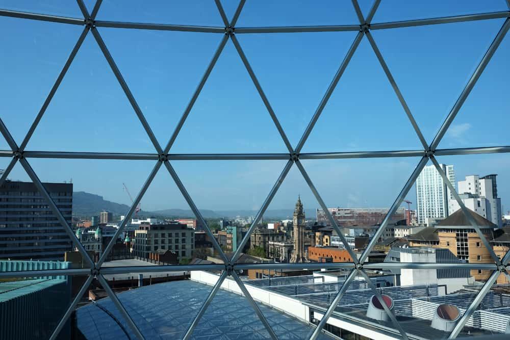 Belfast  point de vue centre commercial Victoria Square ©Etpourtantelletourne.fr