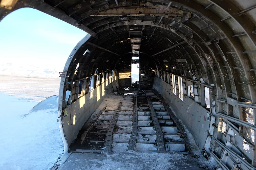 carcasse avion Islande ©Etpourtantelletourne.fr