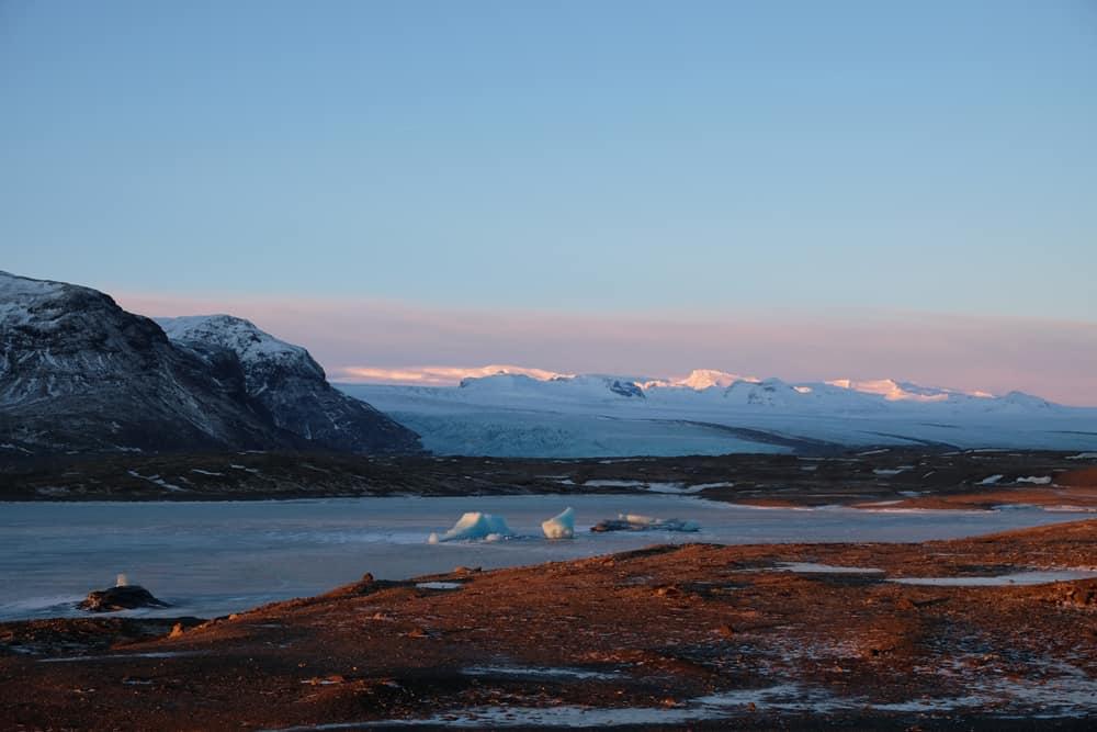 Islande en hiver la lagune glaciaire Fjallsárlón ©Etpourtantelletourne.fr