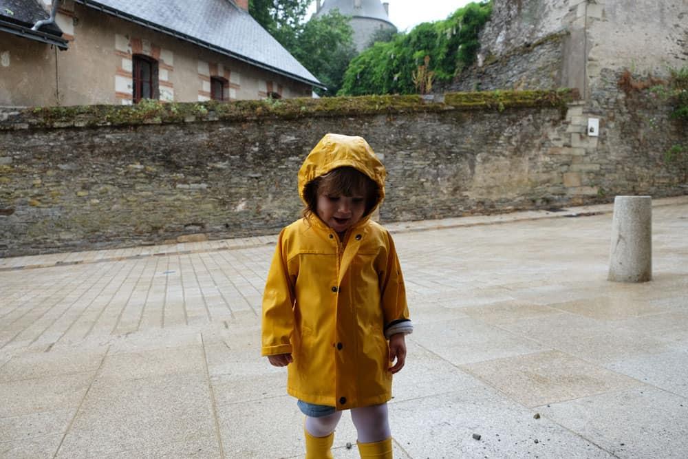 Josselin sous la pluie Brocéliande ©Etpourtantelletourne.fr