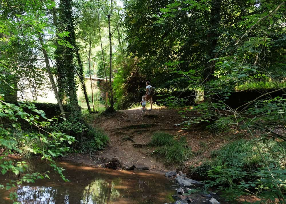 La vallée du Canut, sentier de randonnée Ille et Vilaine Bretagne ©Etpourtantelletourne.fr
