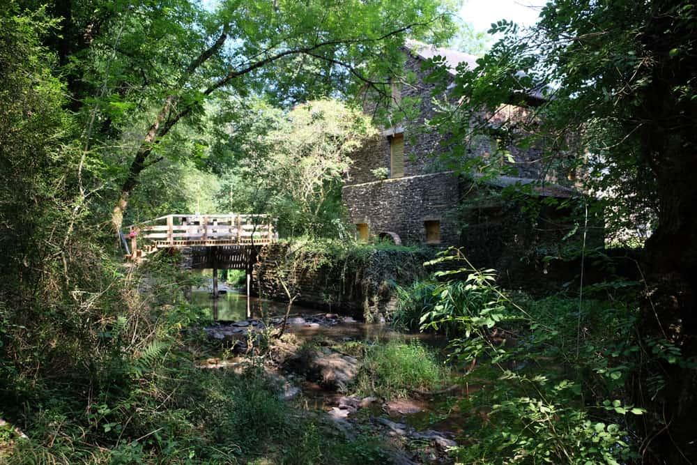 La vallée du Canut, moulin du Ritoir ©Etpourtantelletourne.fr