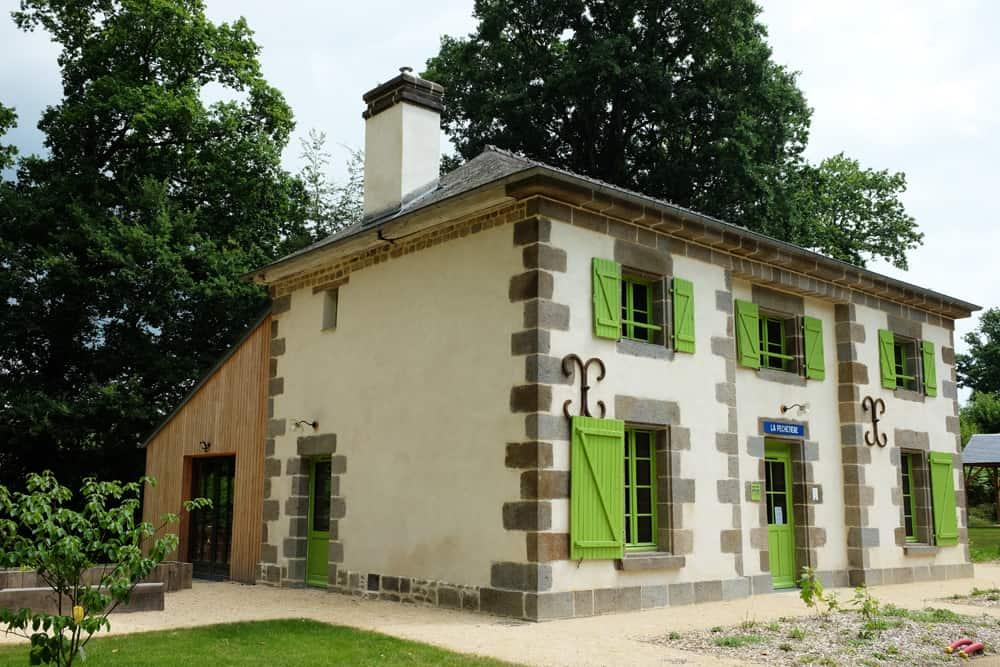 Les maisons des éclusiers à Hédé ©Etpourtantelletourne.fr