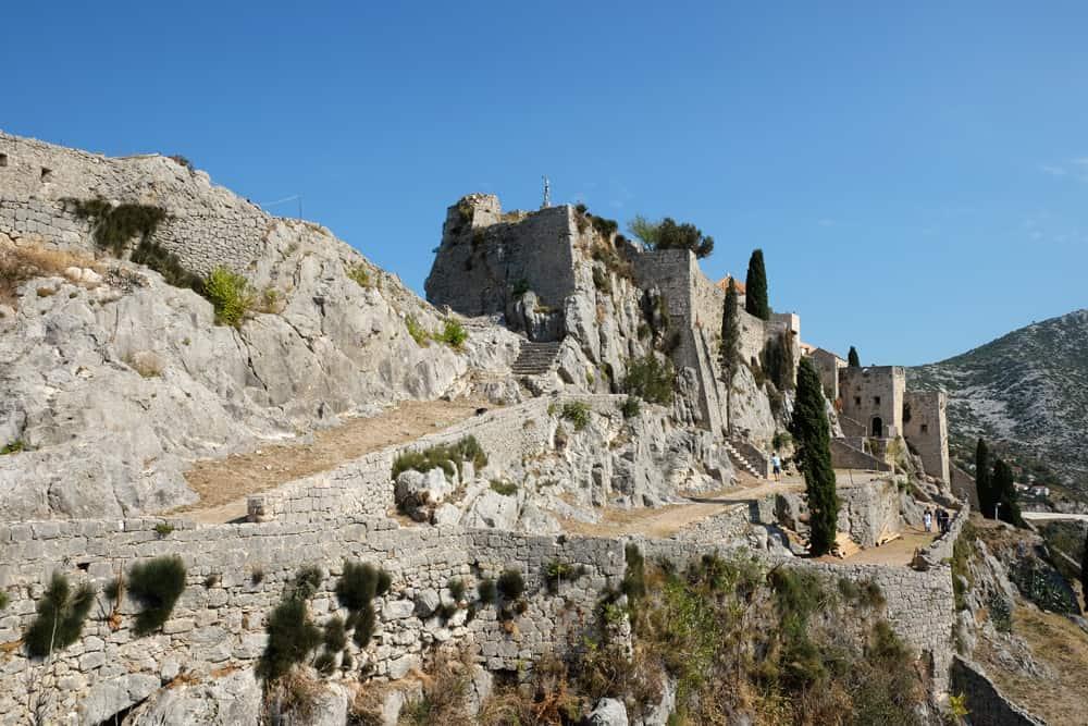 Itinéraire sur les lieux de tournage de Game of Thrones en Croatie - Forteresse de Klis - Meereen ©Etpourtantelletourne.fr