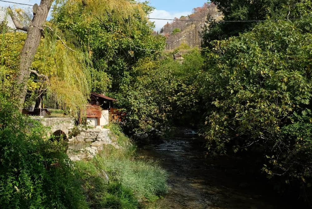 Itinéraire sur les lieux de tournage de Game of Thrones en Croatie - Auberge du Moulin vert - Zrnovnica - Meereen ©Etpourtantelletourne.fr