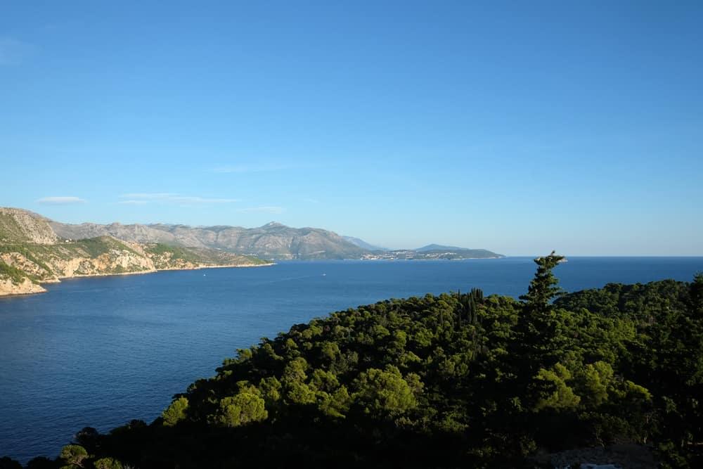 Vue depuis le Fort royal sur l'île de Lokrum Dubrovnik ©Etpourtantelletourne.fr