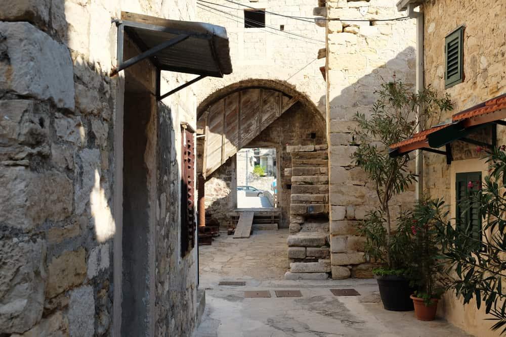 Kastel Gomilica à proximité de Split ©Etpourtantelletourne.fr
