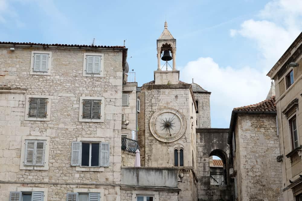Visiter Split en Croatie Tour de l'Horloge ©Etpourtantelletourne.fr