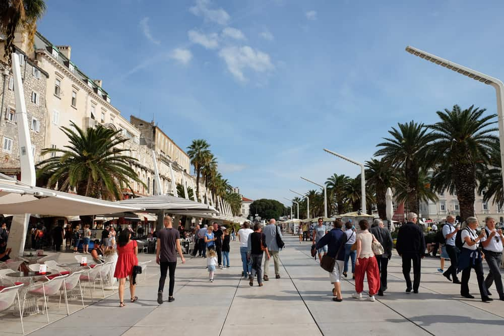 Visiter Split en Croatie le front de mer ©Etpourtantelletourne.fr