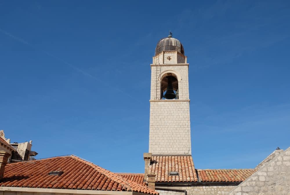 Itinéraire sur les lieux de tournage de Game of Thrones en Croatie - Dubrovnik - Tour de l'horloge - Cloches de Port-Real ©Etpourtantelletourne.fr