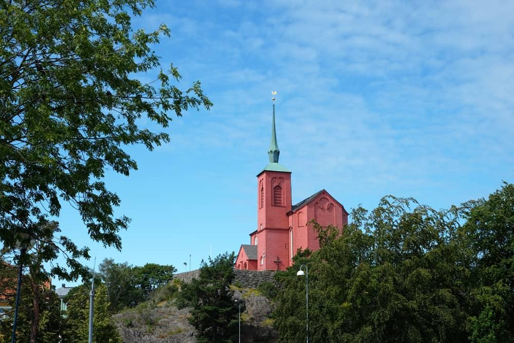 Eglise de Nynäshamn Suède // ©etpourtantelletourne.fr