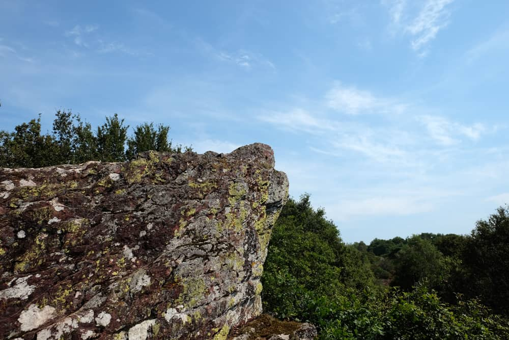 Randonnée et légende du Vallon de la Chambre au Loup ©Etpourtantelletourne.fr