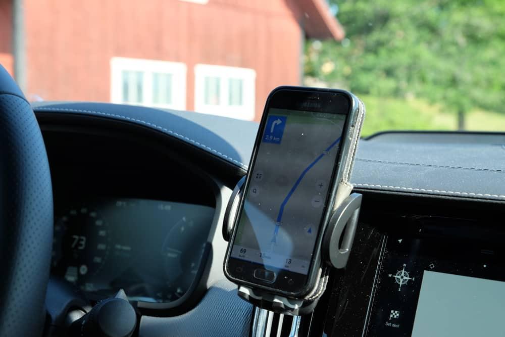 Louer une voiture en Suède // ©etpourtantelletourne.fr