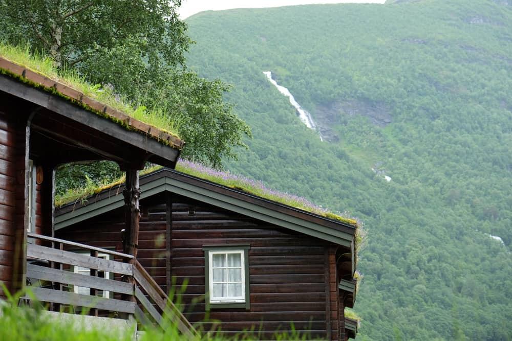 Se loger à Geiranger : hytte traditionnel ©Etpourtantelletourne.fr