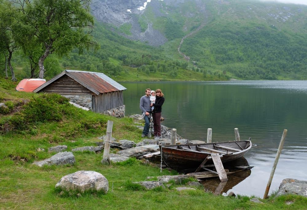 Randonnée à Blahornet - lac Kistivatnet ©Etpourtantelletourne.fr