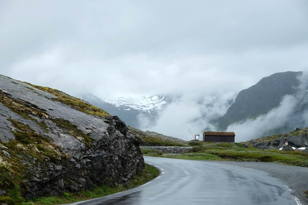 Road trip sur la route 15 en Norvège ©Etpourtantelletourne.fr