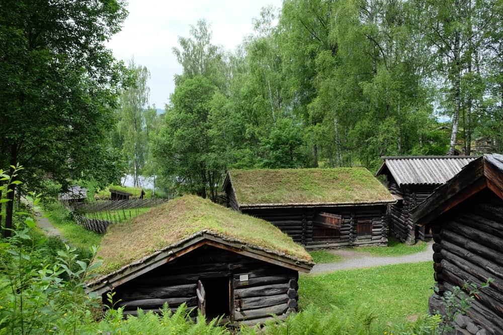 Visite du musée de plein air de Maihaugen en Norvège ©Etpourtantelletourne.fr