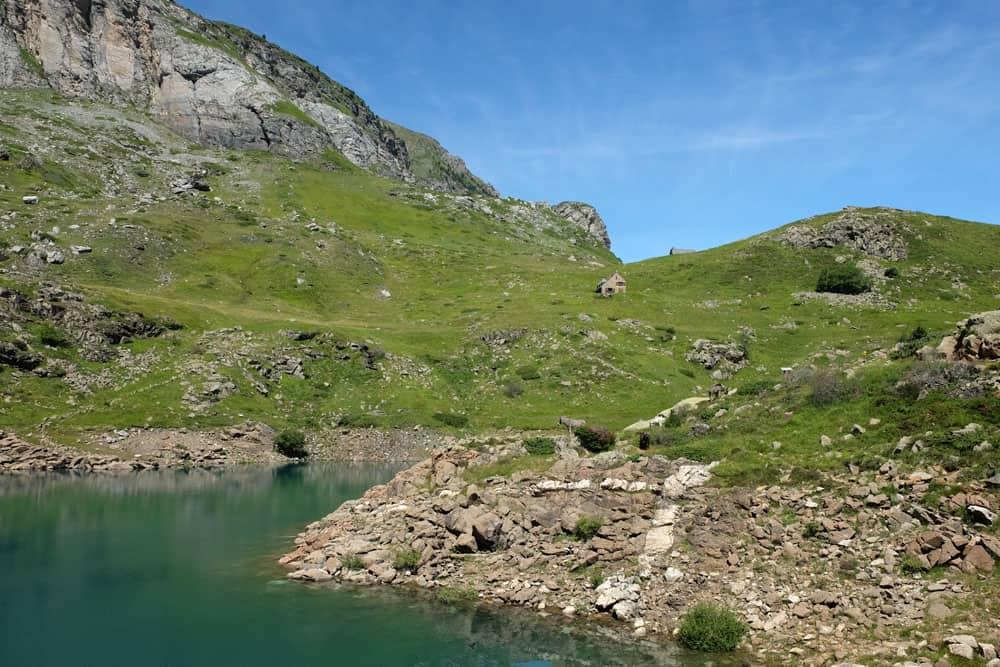 Randonnée en famille au lac des Gloriettes - Hautes-Pyrénées ©etpourtantelletourne.fr